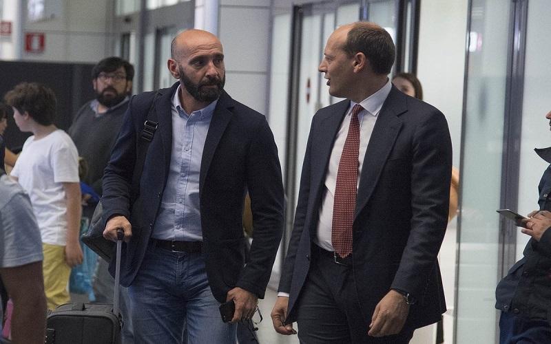 """Monchi in centro a Firenze: """"Qua solo per turismo"""". Ma Badelj può diventare subito giallorosso: il motivo"""
