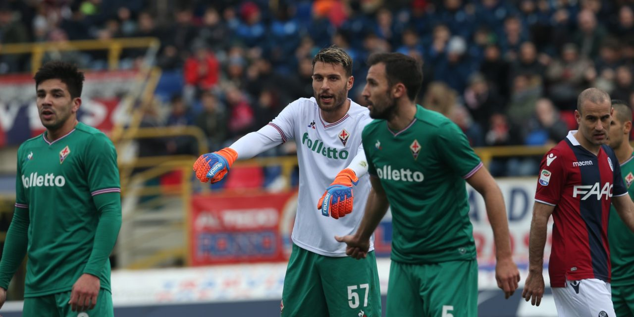 Bologna-Fiorentina 1-1 al 45′: due clamorosi gol da calcio d'angolo. Pulgar replica a Veretout