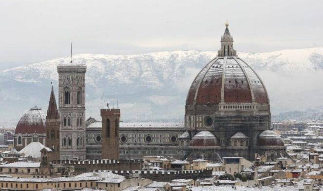 Allerta arancione a Firenze, neve nella giornata di domani. Scuole chiuse e trasporti ridotti
