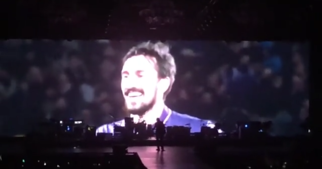 Jovanotti ricorda Astori nel suo concerto a Firenze