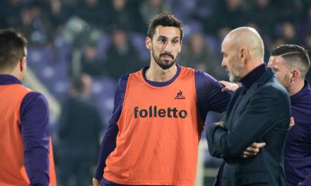 L'omaggio del Milan: Davide Astori per sempre nel nostro cuore. Fiorentina forte e in forma, ma…