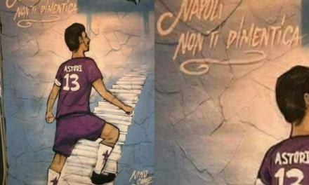 FOTO, L'omaggio di Napoli per Astori, murales tra le via della città