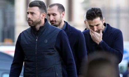 Retroscena Juventus, tutta la squadra si svegliò alle 4.30 per volare a Firenze da Astori, poi…