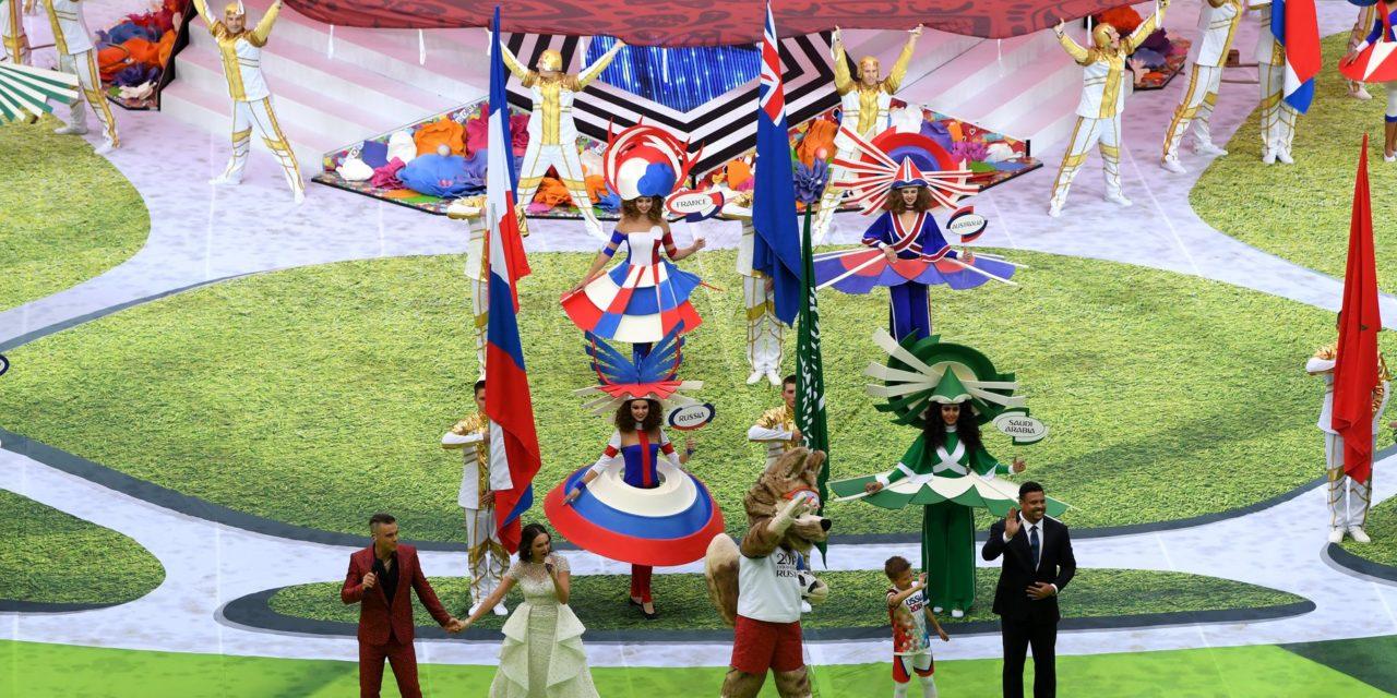 (FOTO) Russia 2018: la cerimonia di apertura è spettacolare, Robbie Williams e Ronaldo i protagonisti…
