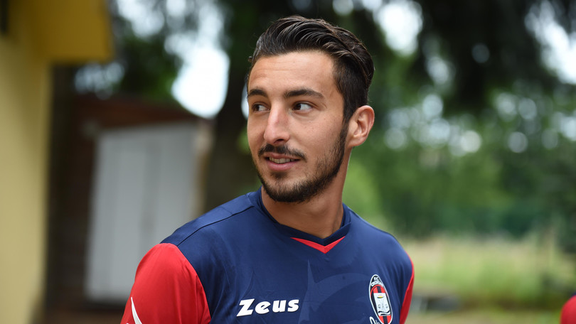 È fatta per Federico Ceccherini alla Fiorentina, al Crotone vanno 3 milioni di euro