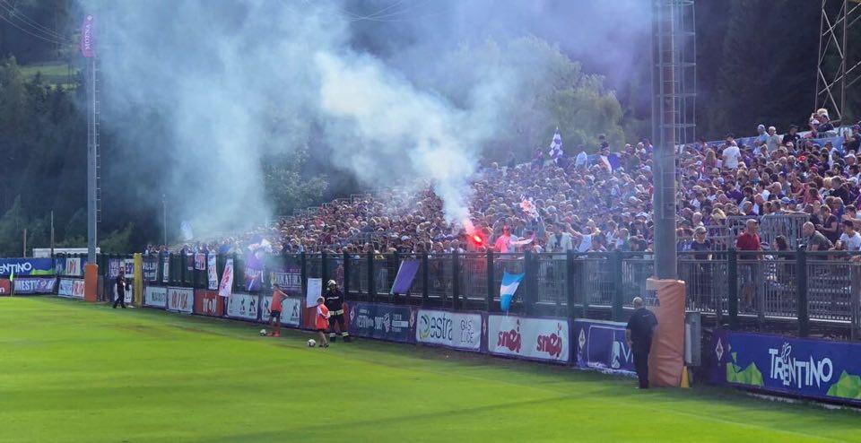 Ritiro e sponsor, ecco come cambia la Fiorentina. Moena a rischio cancellazione?
