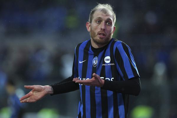 Lesione all'adduttore per Masiello, salterà la Fiorentina