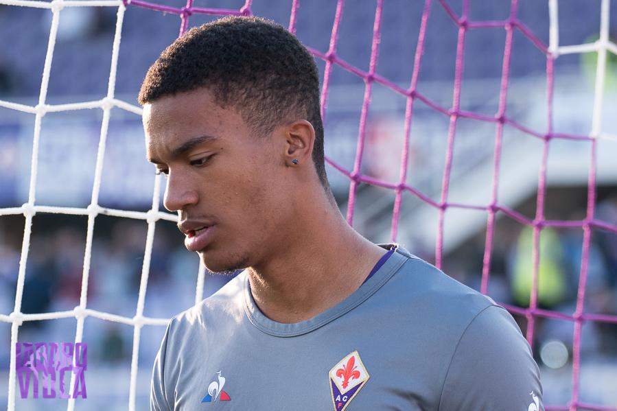 Pareggia il Torino dopo 10′ minuti, il gol lo segna uno sfortunato Lafont