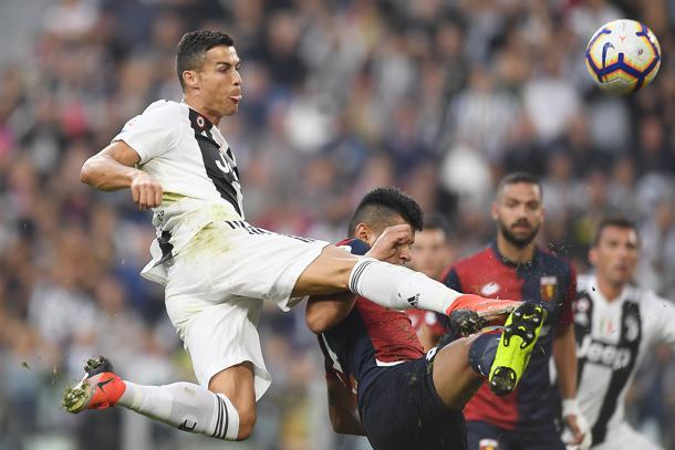 Ronaldo apre, Bessa pareggia. Il Genoa blocca la Juventus, è 1-1. Piatek a secco