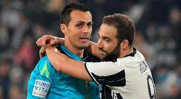 Higuain, solo alla Juventus non ha mai preso un rosso. Al Napoli e al Milan invece…