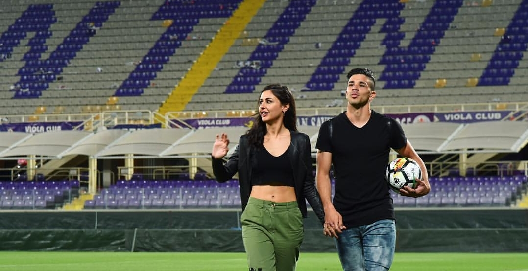 """Un tifoso viola critica Simeone, la fidanzata Giulia: """"Incitatelo invece di criticarlo"""""""