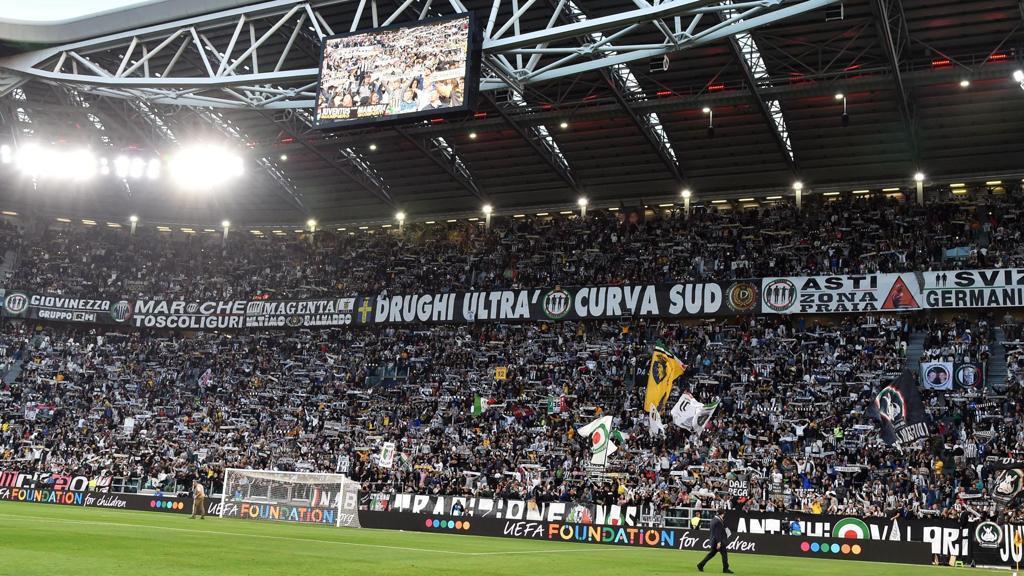 Vergogna Juventus Stadium, fischi contro Radice durante il minuto di silenzio in suo ricordo