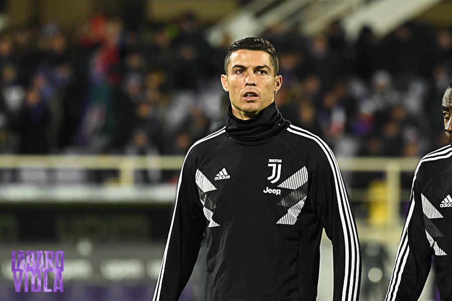 Fallimento Juventus, adesso Ronaldo non sa se restare o meno. E la società bianconera vuole Chiesa…
