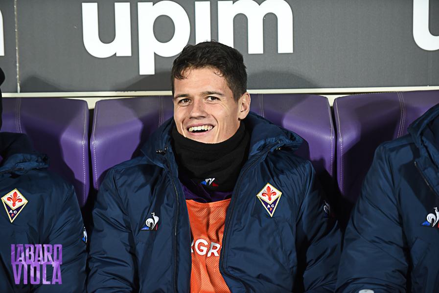 Cagliari-Fiorentina, formazioni ufficiali. Dabo resta in panchina al suo posto gioca Norgaard