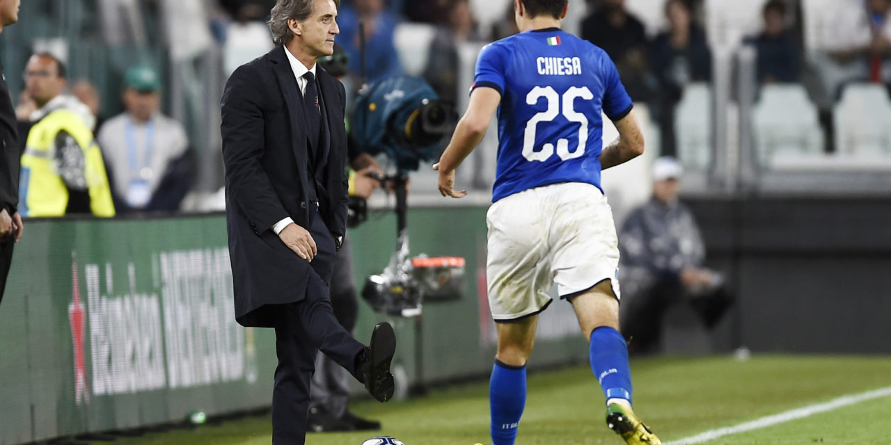 """Mancini: """"Chiesa deve segnare di più, servono i consigli dal padre sul tiro. Il suo difetto…"""""""