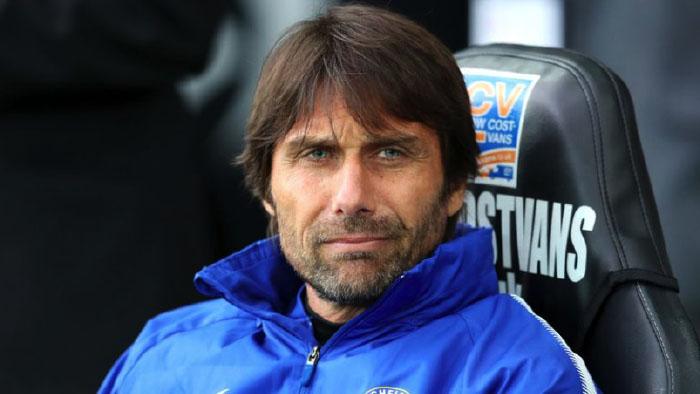 Conte va all'Inter, 8 milioni l'anno per il tecnico che vuole Chiesa a Milano. Grande offerta alla Fiorentina
