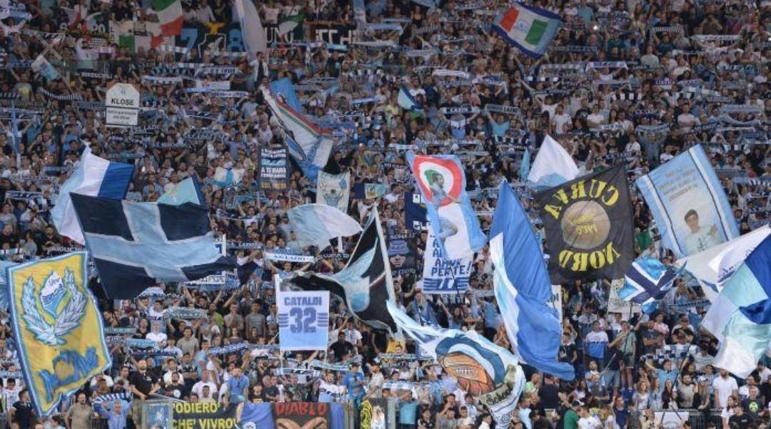 Lazio, la Uefa ha aperto un'inchiesta per comportamento razzista dei suoi tifosi…