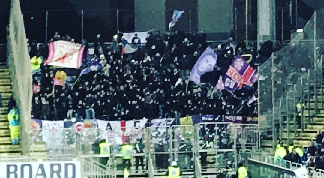"""Gazzetta, solo dieci tifosi della Fiorentina hanno gridato """"Devi Morire"""". Squalifica difficile. Il Codacons invece…"""