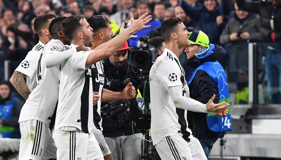 Remuntada della Juventus 3-0 per eliminare l'Atletico. Decisivi Berna e CR7