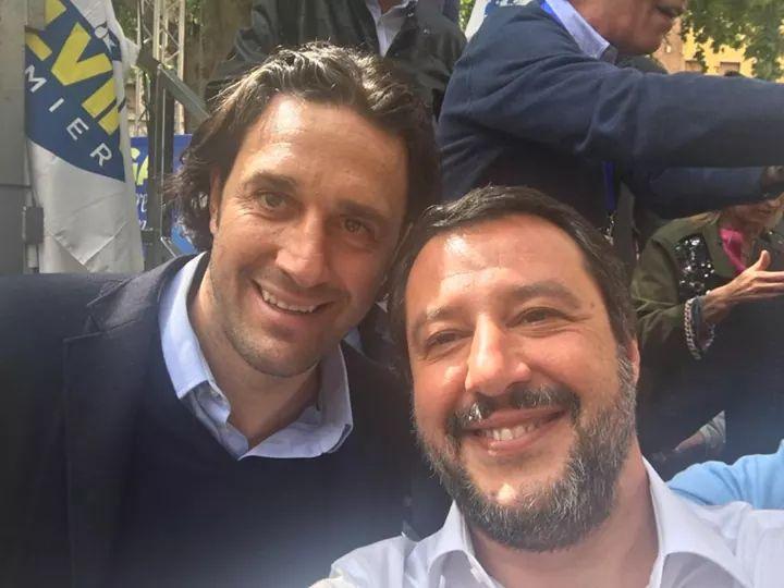 Modena, Luca Toni sul palco al comizio del ministro Salvini. La cronaca