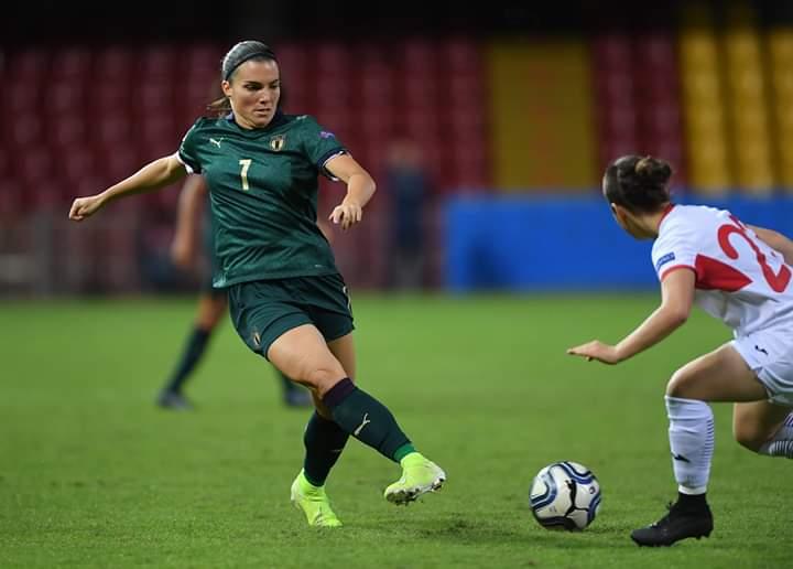 Italia Women's a valanga sulla Georgia, 6-0. A segno il capitano viola Guagni e Linari. Il tabellino