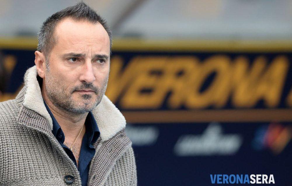 """""""Non ci sono neri italiani"""". Il Verona contro il suo capo ultras, via dallo stadio fino al 2030"""