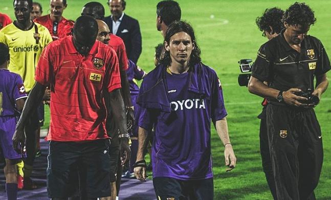 (FOTO) La Fiorentina celebra Messi. Online la foto di quando vestì la maglia viola