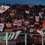 Rissa per un pantaloncino tra due tifosi del Milan, accoltellato adesso è grave all'ospedale di Bologna