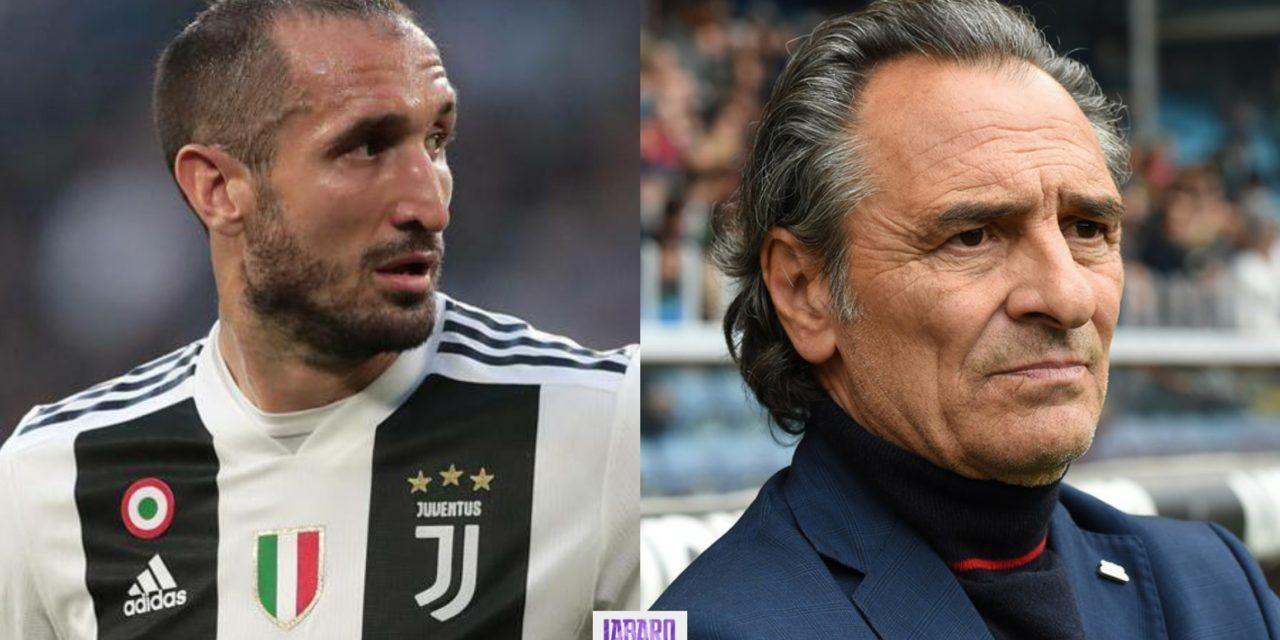 """Chiellini, nel suo libro accuse a Prandelli: """"Ci ha distrutti, quella volta in nazionale per Balotelli…"""""""