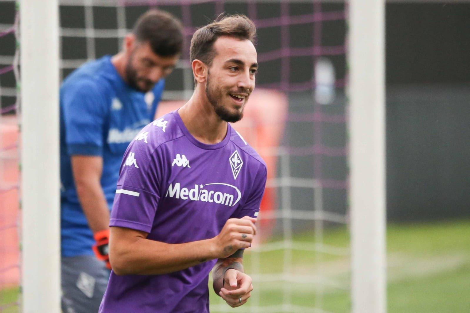 Le foto del primo allenamento della Fiorentina, nuova divisa ...